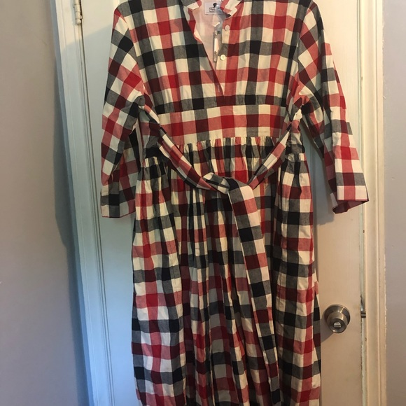 Dainty Jewells Dresses & Skirts - Dainty Jewell's Dress. Size: 3xl.